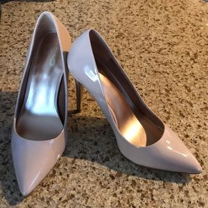 Brand new. Size 7.5 beige dress shoes